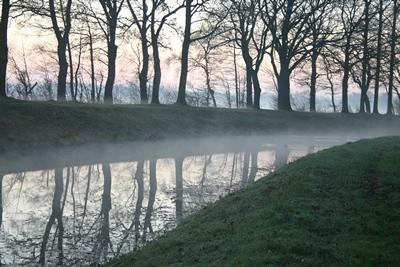 Wanderurlaub Kanal entlang